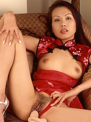 Spread Thai pussy