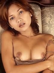 Naked Thai bar girl