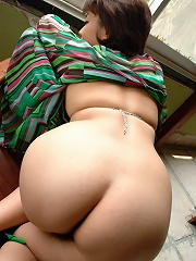 Asian Beauty Naked
