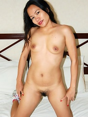 Sexy Asian MILF picked up in hotel gym for hot sex