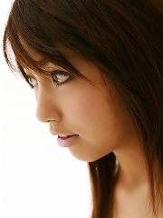 Hottie Rika Yuuki